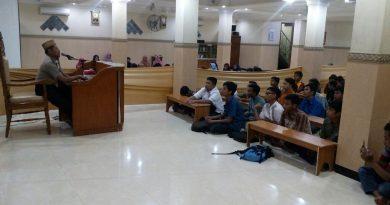 Malam Tahun Baru Remaja LDII Ngaji Di Masjid